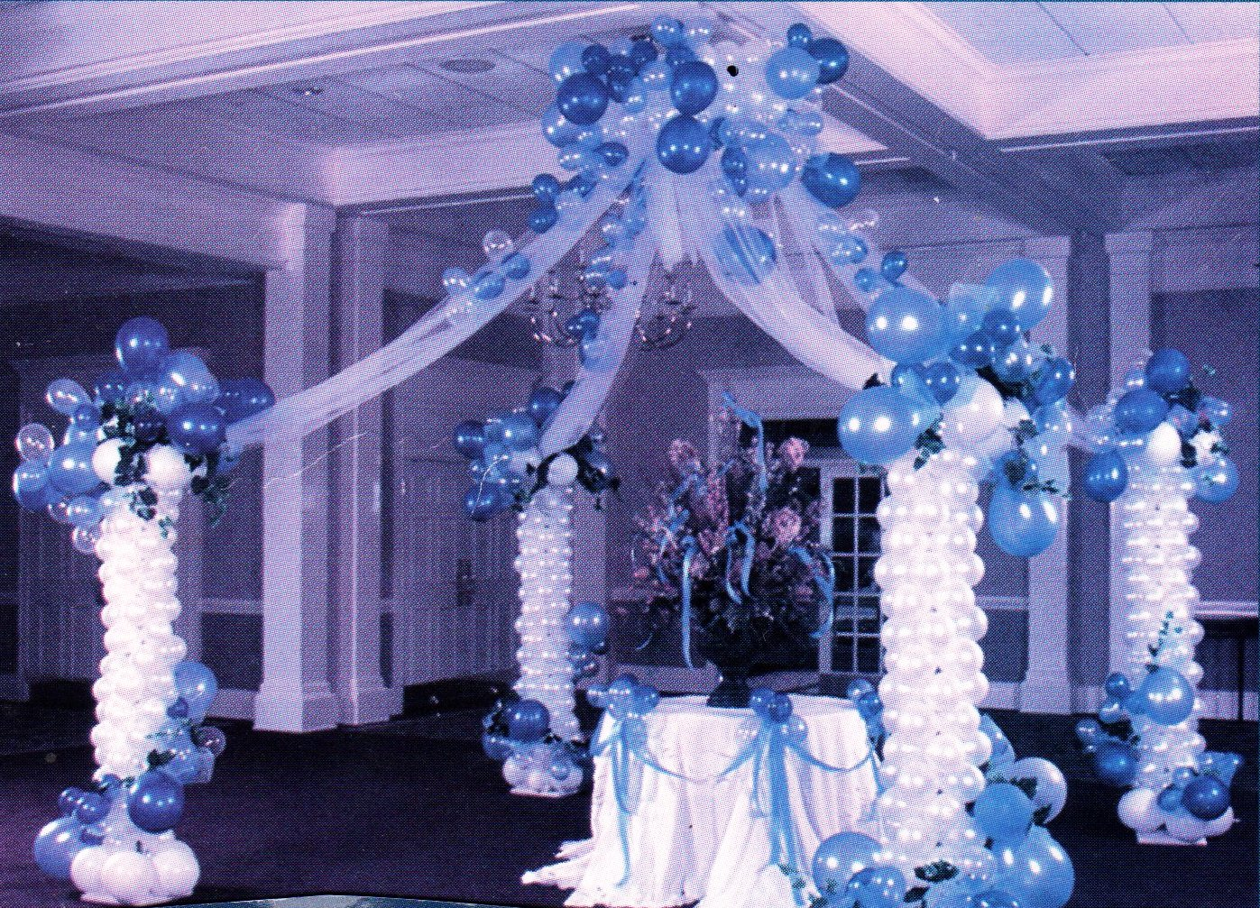 party-decoration-balloon-gazebo